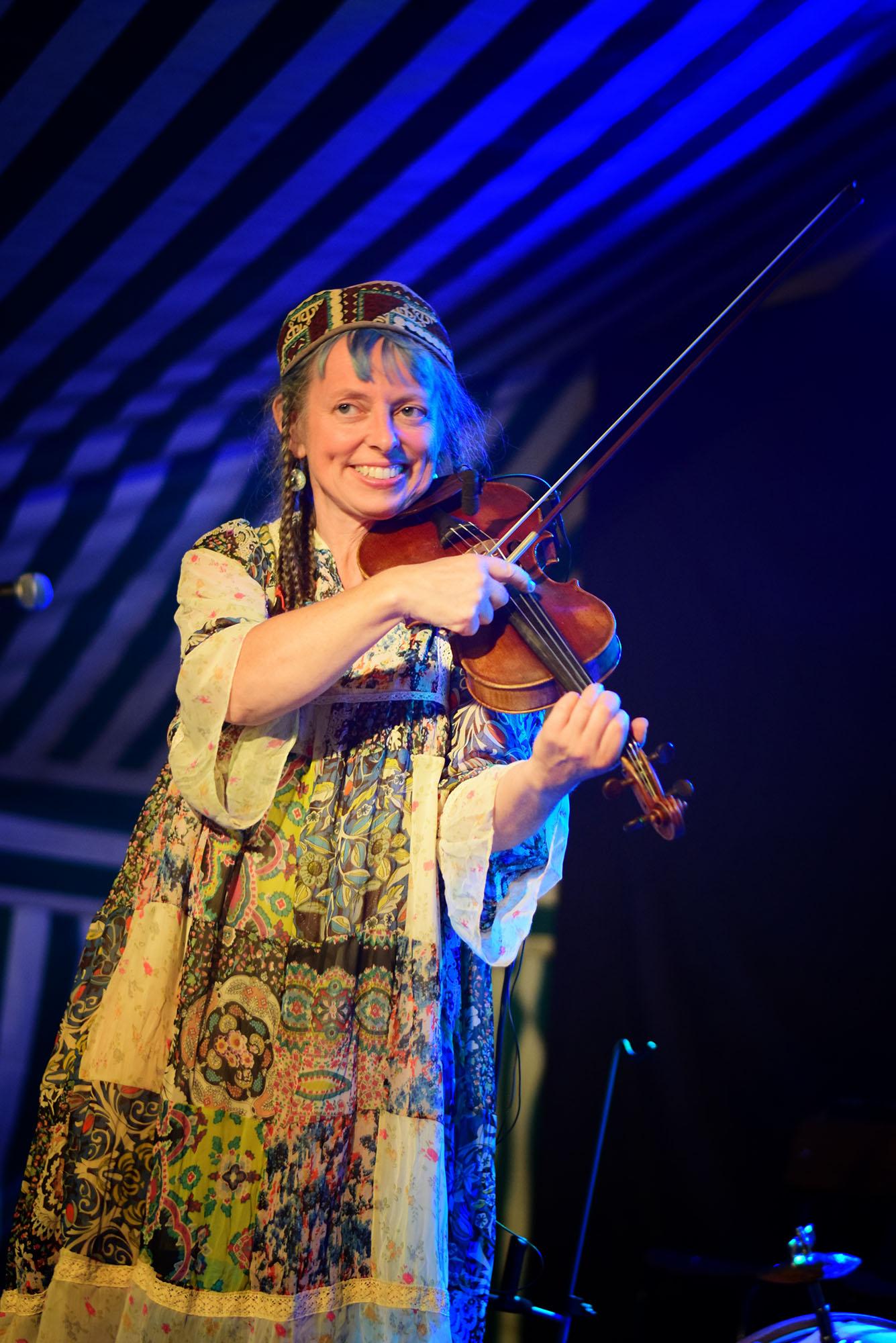 Heidi Erbrich Danzas sin fronteras Besarabia